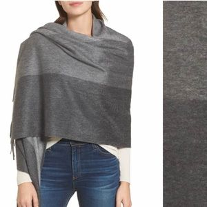 NEW Nordstrom Cashmere  Wrap🧣